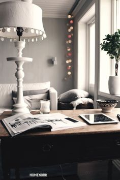 Kalklitir | San Saccaria Love Home, My Dream Home, Grey Ceiling, Home And Living, Living Room, Guest Room Office, Scandinavian Style, Scandinavian Interiors, Dream Apartment