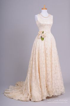 Gorgeous vintage lace wedding dress                                                                                                                                                                                 More