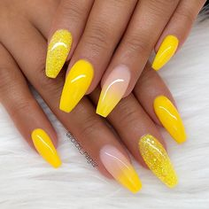 Trendy Yellow Nail Art Designs To Make You Stunning In Summer;Acrylic Or Gel Nails; French Or Coffin Nails; Matte Or Glitter Nails; Summer Acrylic Nails, Cute Acrylic Nails, Glitter Nails, Cute Nails, Pretty Nails, Acrylic Nails Yellow, Summer Nails, Glitter Art, Nails Summer Colors