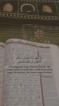 Pray Quotes, Quran Quotes Love, Quran Quotes Inspirational, Islamic Love Quotes, Muslim Quotes, Self Healing Quotes, Self Quotes, Vie Motivation, Study Motivation Quotes