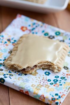 I bet I can make these GF  These homemade whole grain pop tarts have a maple-cinnamon filling and maple icing.