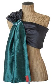 My favorite product over at http://bringinghomebaby.biz/!! I need this sling!