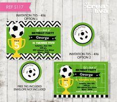 Birthday Invitation Soccer Ball Invitation por CreativaDesignCo