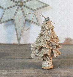 Adorable Burlap Christmas Tree: A tutorial for a similar one is here: http://www.alittletipsy.com/2011/11/christmas-diy-with-martha-stewart.html