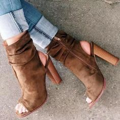 Beautiful shoes can add beauty to you. Here on BagsinCart, you can find varieties of shoes: Shining Sandals, Sexy Heels, Comfortable Flats, Sports Sneakers and Warm Boots. Go now to find what you like. Chunky Heel Ankle Boots, Heeled Boots, Bootie Boots, Shoe Boots, Cute Shoes, Me Too Shoes, Pretty Shoes, Peep Toe Heels, High Heels