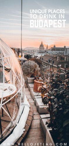 Budapest Nightlife // 7 Unique Budapest Bars to Visit on a Night Out From rooftops views, outdoor igloo gardens, ruin bars and a communist themed dive bar, keep reading for our 7 favorite bars in the Budapest nightlife scene. Budapest Nightlife, Budapest Restaurant, Places To Travel, Places To See, Backpacking Europe, Hungary Travel, Voyage Europe, Rooftop Garden, Garden Bar