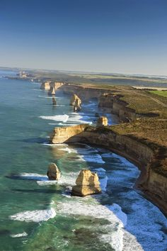 The Twelve Apostles, Great Ocean Road, Australia |I wish we'd had time to take this 'Ocean Road Tour' while we were in Melbourne, Australia! We were so close, but just didnt' have enough time to cram it in before we left for New Zealand to visit our friends' there! Next time!!