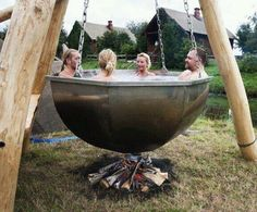 22 Outdoor Living Spaces with Jacuzzi Tubs and Beautiful Yard Landscaping Ideas Wicker Furniture, Cool Furniture, Outdoor Furniture, Outdoor Decor, Homemade Furniture, Primitive Furniture, Futuristic Furniture, Urban Furniture, Street Furniture