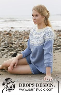 Periwinkle - Knitted sweater with round yoke, multi-colored Nordic pattern and A-shape. Size: S - XXXL Piece is knitted in DROPS Merino Extra Fine. - Free pattern by DROPS Design Knitting Patterns Free, Knit Patterns, Free Knitting, Finger Knitting, Knitting Tutorials, Free Pattern, Drops Design, Tejido Fair Isle, Icelandic Sweaters