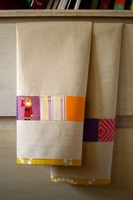 for two Decorated Tea Towels: Tutorial on Site. Great way to use up leftover bits.Decorated Tea Towels: Tutorial on Site. Great way to use up leftover bits. Sewing Hacks, Sewing Tutorials, Sewing Patterns, Tutorial Sewing, Fabric Crafts, Sewing Crafts, Sewing Projects, Dish Towels, Tea Towels