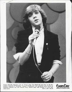 "Andrea McArdle - Annie Actress Sings ""You Made Me Love You"" Press Photo RAINBOW 1978"