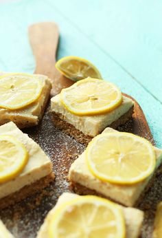 Creamy, naturally sweetened vegan lemon bars made with 10 simple ingredients and a delicious gluten free crust! #vegan #glutenfree