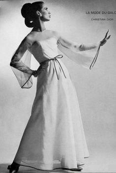 Christian Dior, 1966