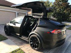 Tesla Model X Black Satin Gold Dust Vinyl Wrap with Carbon Fiber Accents on Chrome and all 6 seat backs. Bugatti, Maserati, Tesla Model X, Tesla Model S Black, Tesla Motors, Audi Tt, My Dream Car, Dream Cars, Hd Samsung