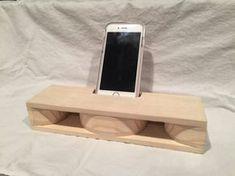 Houten akoestische iPhone Speaker van SandysWoodshop op Etsy
