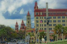 Historical ambiance  #igersstaugustine #igersjax  #igersflorida #FlaglerCollege #LionsBridge #theTreasury #traffic #ilovestaugustine #staugustinebuzz #downtownstaugustine #historical #tourism #LoveFL #FloridaLocal #cloudporn #cloudy #exclusive_sky #sky_sultans #sunset_captures #jaw_dropping_shots #skyart #skywatcher #skymasters_family #rsa_light #ig_shutterworld #nature_skyshotz #naturelovers  #shoot_the_world #justgoshoot #drivingphotography by 904tography
