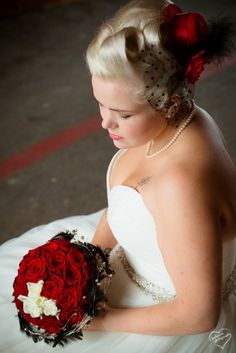 Red, black and white #wedding #bride