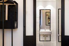 Como en el resto de los hoteles de la cadena, abundan los interiores minimalistas y funcionales. Sin aditivos - AD España, © D.R.