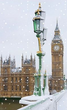 Elizabeth Tower which houses the Clock, and Big Ben (the bell's name, actually) in snow