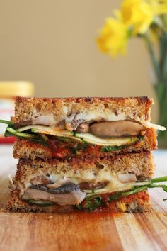 The Ultimate Grilled Veggie Sandwich - 15 Sandwiches to Eat for Breakfast, Lunch or Dinner Veggie Sandwich, Soup And Sandwich, Grilled Sandwich, Vegetarian Recipes, Cooking Recipes, Healthy Recipes, Vegetarian Lunch, Wrap, Love Food