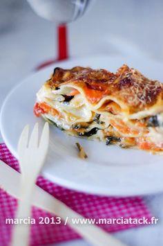 6 feuilles de lasagnes 200g d'épinards en branches 2 carottes 2 navets ronds 2 échalotes 50g de tomates en morceaux pelées au jus(en bo...