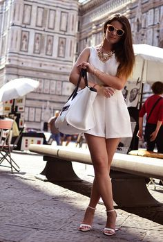 Zalando  Glasses / Sunglasses, Persunmall.com  Bags and Zara  Heels / Wedges