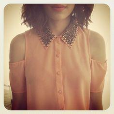 im so cutting my shirts like this. aaand im gone.