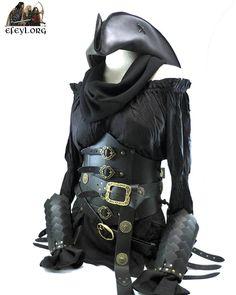 Montaje para una clienta. Entre pícara y pirata, sólo cambiando un sombrero.  #efeyl #pirate #pirata #rogue #disfraz #fantasia #leather #medieval #larpcostume #larp #rev #rolenvivo
