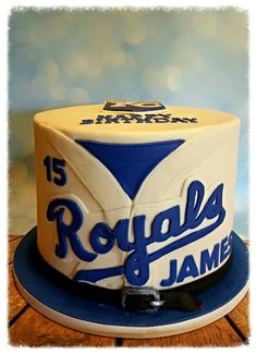 Kansas city royals cake