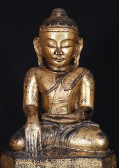 Antique Lotus Buddha Statue from Burma, Bhumisparsha Mudra, Shan (Tai Yai) style, made from lacquer, Antique Buddha statues