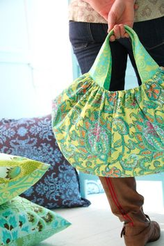 Amy Butler's Soul Blossoms Fabrics with The Beautiful Belle Handbag (sewing pattern)