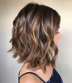 Brown Bob With Caramel Highlig7hts