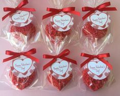 VALENTINE HEART SOAP FAVORS SET OF 10 This listing is for a set of 10 heart soap favors. Each set of 10 will include five soaps of each of the two styles shown (floral and scroll). Customize your soaps by choosing your color and fragrance. Please leave a note on your order of tag