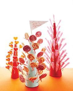 Lollipop tree favors. Love it!