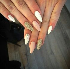 Shared by Zoey. Find images and videos about nails on We Heart It - the app to get lost in what you love. Trendy Nails, Cute Nails, Hair And Nails, My Nails, Acryl Nails, Nails 2017, Burgundy Nails, Holiday Nails, Natural Nails
