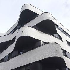 Inspo: Architecture  Image via @carloscopertone