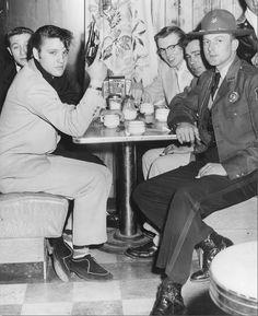 https://flic.kr/p/bDFvyj | Elvis and the Blue Moon Boys, Arkansas, March 1955