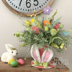 Learn how to create a fun and Whimsical Easter Bunny Hat Arrangement from Southern Charm Wreaths.  Step by step instructions and a VIDEO demonstration will guide you through the fun DIY project.