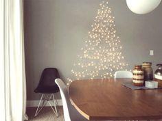 Árbol de Navidad hecho con guirnalda de luces, ¡no ocupa espacio!