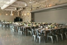 {{Late summer wedding venue at Ignite Glass Studio in Chicago}} Photography by Christy Tyler Photography http://christytylerphotography.com/ || Flowers by Pollen, pollenfloraldesign.com