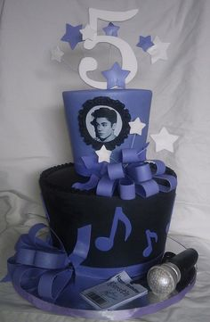 Justin Bieber birthday cake by mick6799, via Flickr