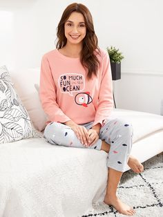 SheIn offers Fish Print Tee & Pants PJ Set & more to fit your fashionable needs. Cute Sleepwear, Girls Sleepwear, Loungewear Set, Cute Pajama Sets, Cute Pajamas, Pajamas Women, Dress Clothes For Women, Pants For Women, Night Suit For Women