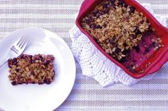 Saskatoon Berry Crumble @ Nutritionist in the Kitch No Bake Desserts, Healthy Desserts, Fun Baking Recipes, Cooking Recipes, Saskatoon Berry Recipe, Yummy Treats, Sweet Treats, Berry Crumble, Foods To Eat