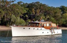 1947 Halvorsen Cruiser - I always loved these classic boats