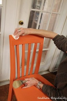 annie sloan chalk paint & waxes - how to