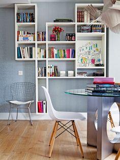 Taka fajna zabudowa na książki nad biurko  #piekniemieszkaj