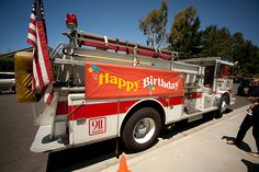 My little man LOVES firetrucks. This looks like a really fun firetruck birthday party.