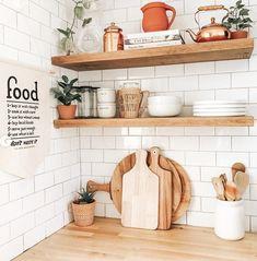 Kitchen Countertop Decor, Kitchen Shelf Decor, Boho Kitchen, Diy Kitchen, Earthy Kitchen, Floating Shelves Kitchen, Open Shelving In Kitchen, Natural Kitchen, Vintage Kitchen Decor