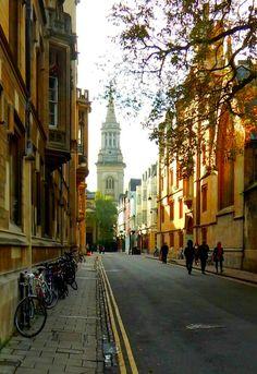 fuckitandmovetobritain:  Turl Street Oxford England UK  My blog posts
