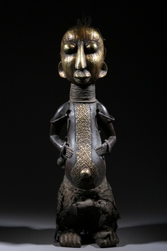 Africa | Statue from the Bamilékè people of Cameroon | Wood with bronze | ca. 70 yrs old
